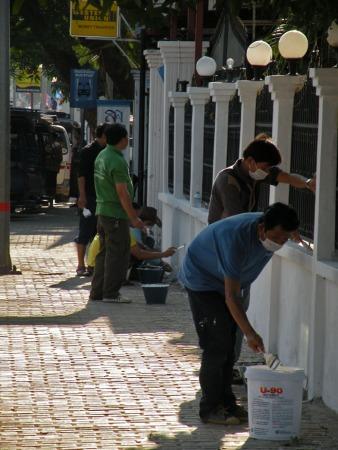 Pintando la valla