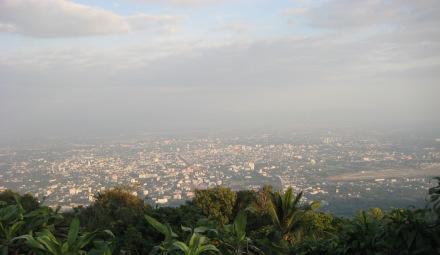 Vista de Chiang Mai desde el Doi Suthep. Foto cortesía de Gaby